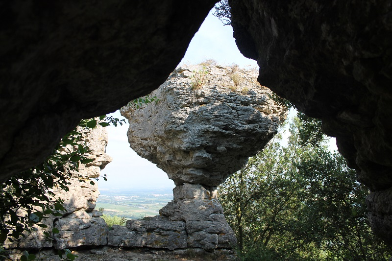 Le second Bénitiers, offre également une jolie vue sur la commune limitrophe de Fontiès-d'Aude...