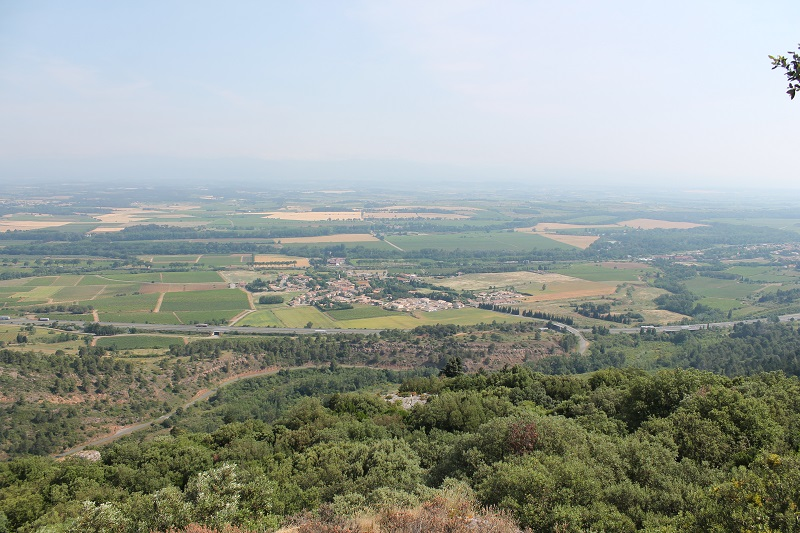 Des Bénitiers, vous pouvez observez une splendide panorama sur notre commune de Floure. Un dépaysement total.