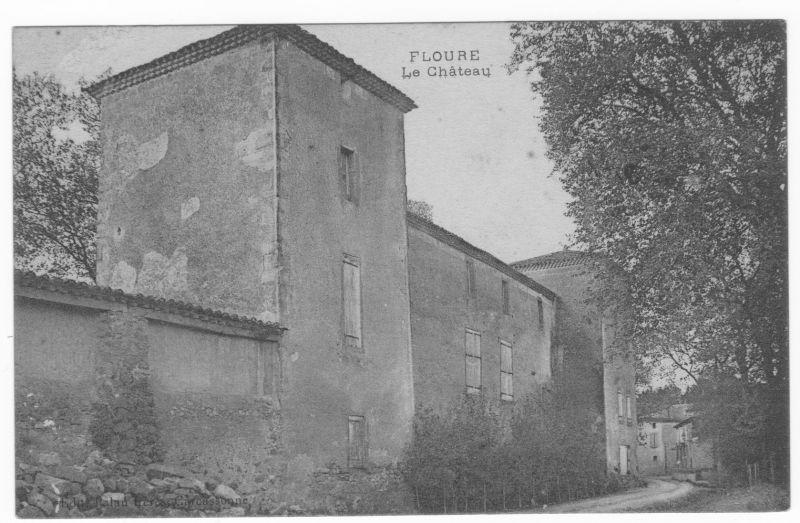 Le château de Floure en 1913.