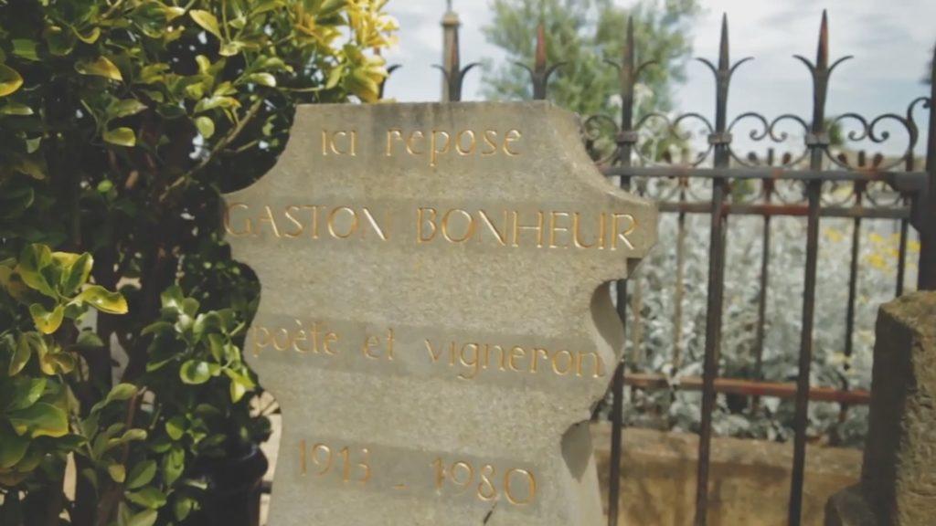 Gaston Bonheur est enterré au cimetière de Floure (Aude), où il possédait le château. Charles Trenet, son grand ami, était présent lors ses funérailles.